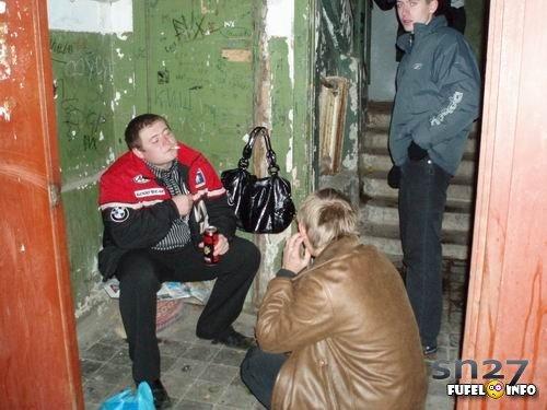 milovidnuyu-devushku-s-volosatoy-trahayut-onlayn